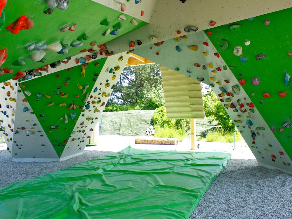 Boulderpavillon Überhang
